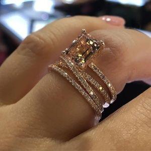 Stunning Rose Gold Ring Size 7-8
